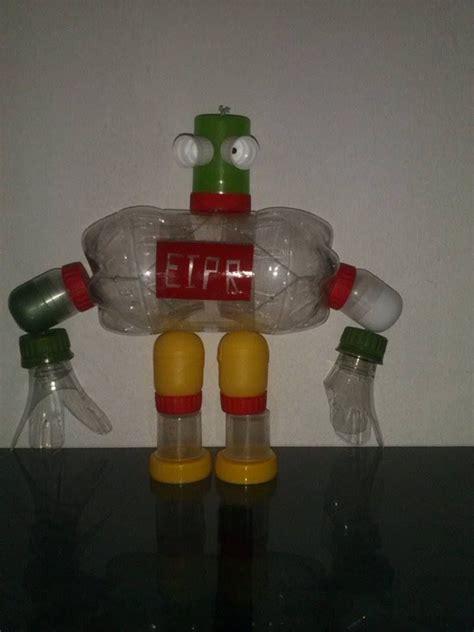 robots de trozos de botellas como hacerlos robot con material reciclado pet d todo un poco