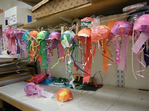 Cool Things To Make Out Of Paper Mache - mache jelly 2nd grades paper mache jellyfish preschool