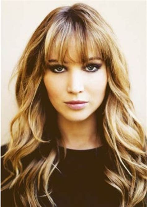 haircuts that fall away from face 25 best ideas about hairstyles for round faces on
