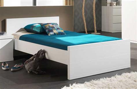 bett 120x200 mit matratze und lattenrost bett wei 223 120x200 modernes design mit kassettenoptik