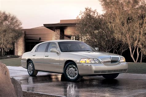 2011 lincoln town car overview cars com