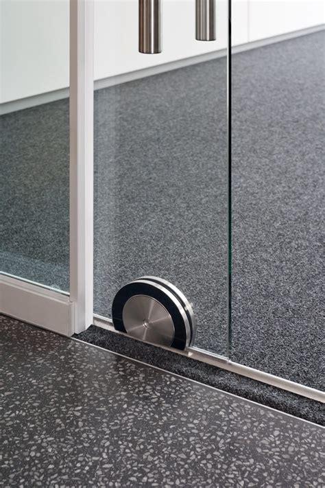 schiebet r glas innen schalld 228 mmende glas schiebet 252 r ohne rahmenkonstruktion