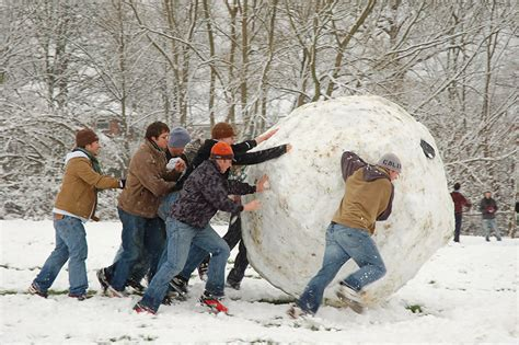 The Snow Giants file snowball oxford jpg wikimedia commons