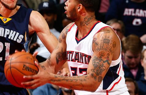 mike scott tattoos are atl hawks mike s emoji tattoos the worst in nba