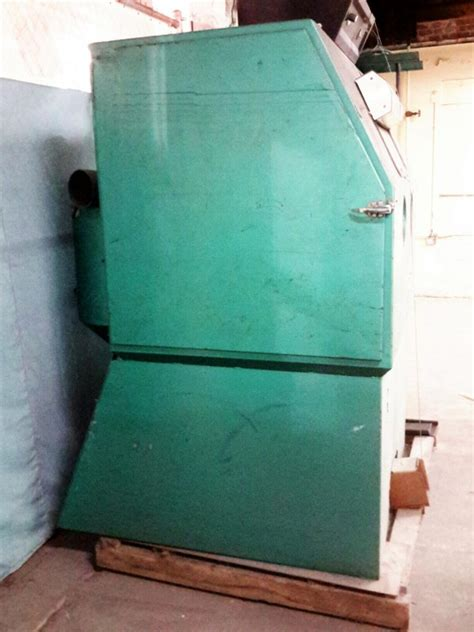 ibid lot 671 clemco industries suction blast cabinet
