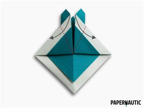10 Step Origami - samurai hat origami design papernautic