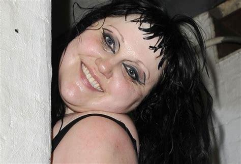 Keisha Syarie classifica delle cantanti pi 249 brutte mondo foto