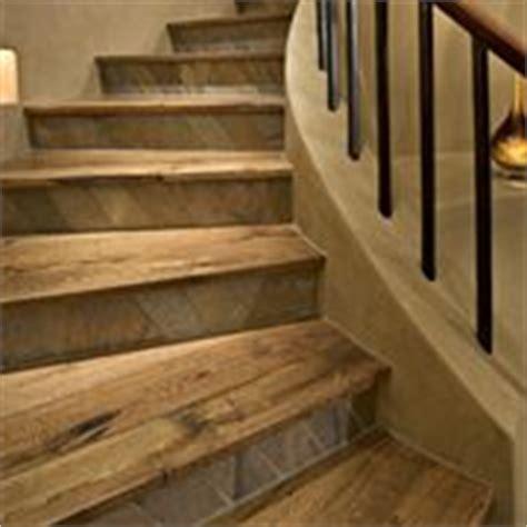 scale rivestite in legno per interni scale e ascensori da interno