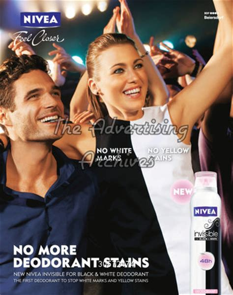 ad courtesy of e news 2010 photos of anistons lolavie promotion the advertising archives magazine advert nivea 2010s