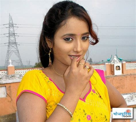 Beautiful Gamis Monalisa monalisa bhojpuri song
