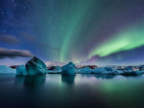 packages to iceland for the northern lights northern lights holidays helping dreamers do