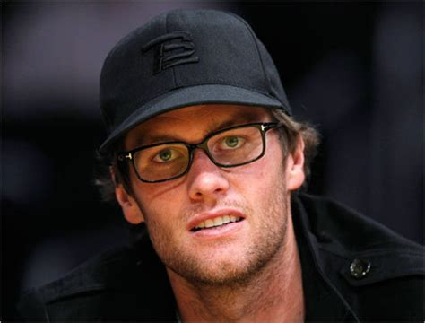 tom brady eye color brady causes spectacle at celtics vs lakers obnoxious