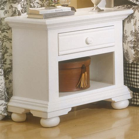 distressed white bedroom set cottage traditions distressed white bedroom furniture set free shipping