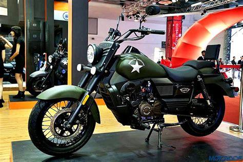 commando green um motorcycles india sets up 25 dealerships across india