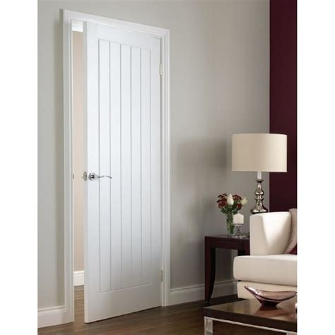 Pre Painted White Interior Doors Premdor White Pre Painted Vertical 5 Panel Moulded Door