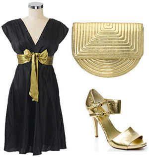 como decorar un traje de baño negro sandalias para combinar con un vestido de fiesta