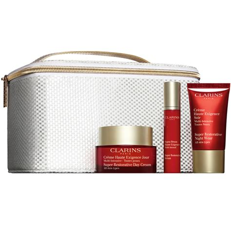 clarins super restorative christmas gift pack