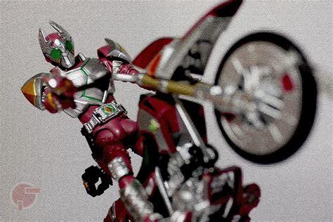 Shfiguarts Kamen Rider Garren Rhombus firestarter s review s h figuarts kamen rider garren rhombus