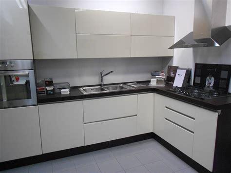 astra cucina stunning cucina modello vela with astra cucine