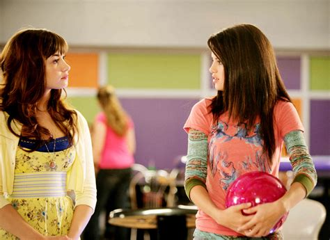 demi lovato selena gomez movie princess protection program princess protection program picture 17