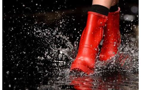 gallery rainboots   splish splash  london fashion week