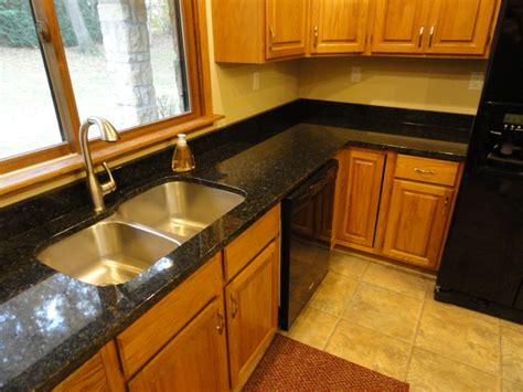 uba tuba granite with oak cabinets uba tuba kitchen countertops traditional kitchen
