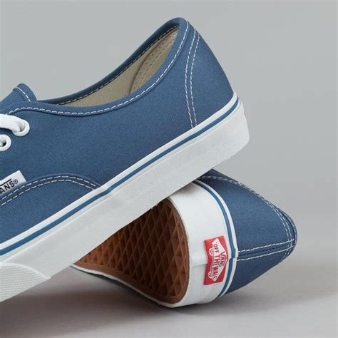 Sepatu Vans Authentic Navy vans authentic navy flatspot