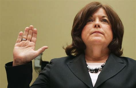 current events secret service dir julia pierson resigns u s secret service director resigns over safety concerns