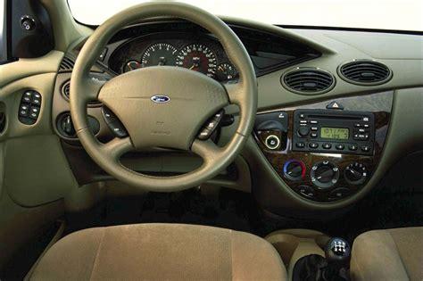 2000 04 ford focus consumer guide auto