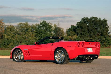 review 2010 chevrolet corvette grand sport convertible