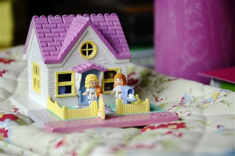 polly pocket house polly pocket house chloe s board just her stuff pinterest