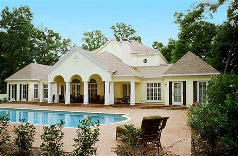 luxurious contemporary plantation home design photos