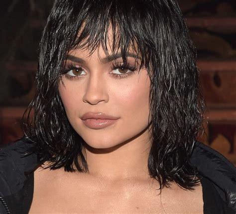 capelli effetto bagnato capelli effetto bagnato il dettaglio fa impazzire le