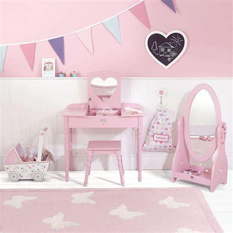 girls bedroom dressing table 53 best pink themed children s bedroom images on pinterest