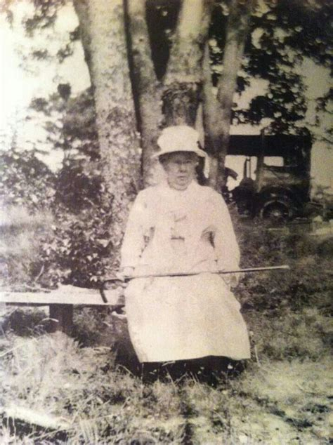 Borden Also Search For Lizzie Borden Lizzy