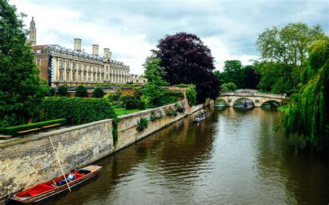 CAMBRIDGE CITY GUIDE   Wandering
