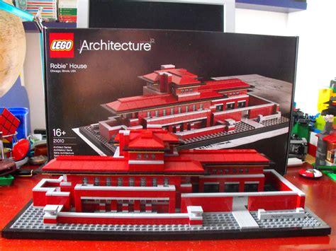 lego robie house lego architecture 21010 robie house leganerd