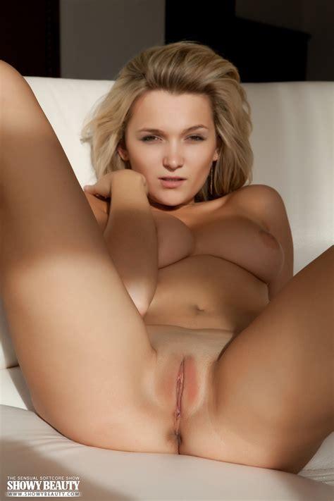 free naked model pics
