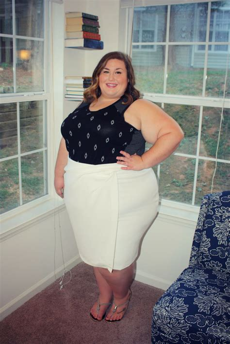 Korset Tank Top Germa Shape Up theplussideofme a about the and fashions of a