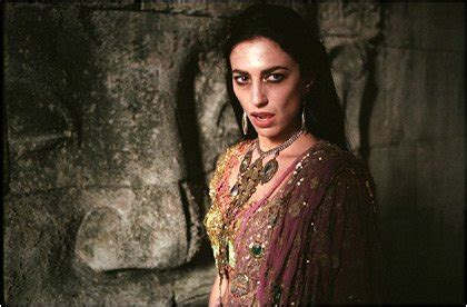 claudia black in queen of the damned 2002 b youtube pictures of claudia black in quot queen of the damned