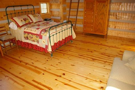 Ash and Pine Floors in a Log Cabin   Ozark Hardwood Flooring