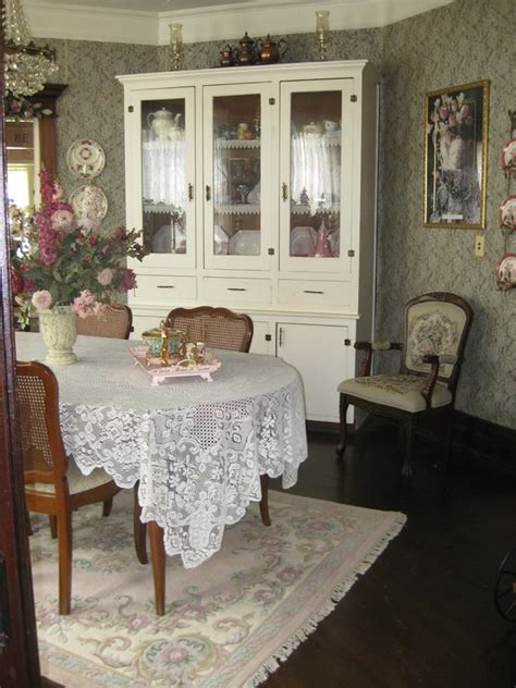 25 best ideas about shabby chic rug on pinterest shabby chic dining room shabby chic kitchen