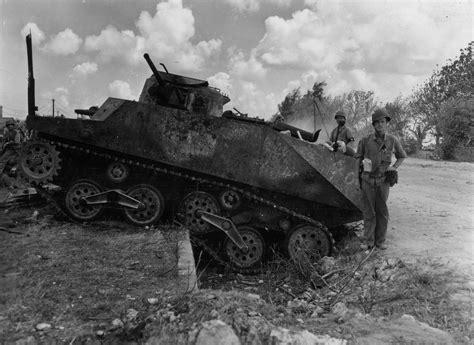 Piring Pajangan German Berlin 1 американские солдаты у подбитого и сгоревшего японского