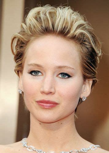 jennifer lawrence hair colors for two toned pixie 12 jennifer lawrence short hair pixie bob she takes