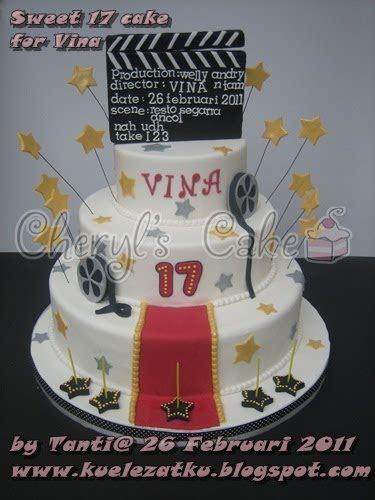 kue ulang  anak cupcake birthday cake sweet