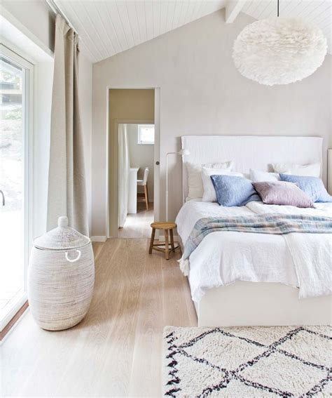 Swedish Bedroom Decorating Ideas by Best 25 Scandinavian Style Bedroom Ideas On