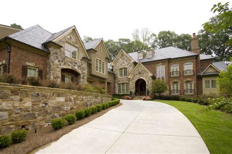 million dollar atlanta homes
