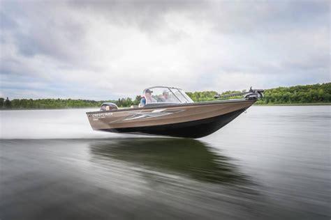 crestliner boats for sale wisconsin crestliner 1750 super hawk boats for sale in kaukauna