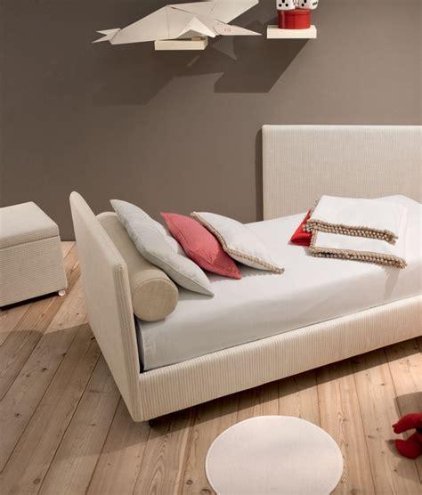 tomassini arredamenti letto imbottito di design completo di materasso