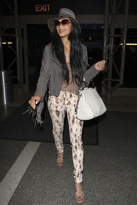 Of Nicoles Assistant Kimmie by Weekend Or Hmm Selena Gomez